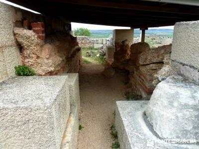 Yacimiento Clunia Sulpicia - Desfiladero de Yecla - Monasterio Santo Domingo de Silos - rutas a pie